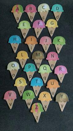 Alfabeto mayúsculas y minúsculas juego cono de helado fieltro
