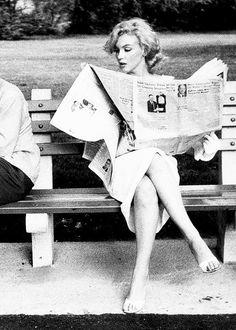 Niña, inquieta, curiosa, inteligente sin malicia Marilyn Monroe in Central Park, New York, 1957.