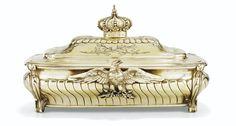 boite de toilette couverte en ve ||| caskets ||| sotheby's pf1311lot73l2len