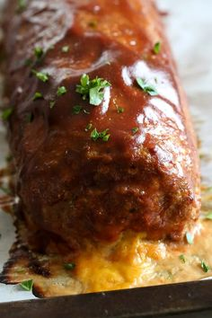 The best tasting, moist turkey meatloaf stuffed with cheddar cheese, spinach and rolled, jelly roll style topped with a ketchup based glaze. Ww Recipes, Light Recipes, Cooking Recipes, Healthy Recipes, Skinnytaste Recipes, Dinner Recipes, Amish Recipes, Dutch Recipes, Skinny Recipes