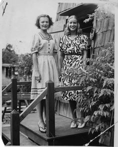 Eleanor, Little Edie's friend (left) and Little Edie, 1939