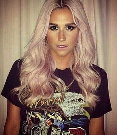 Kesha rocking out pink hair! Pastel Hair, Pink Hair, Lace Front Glue, Kesha Rose, Curly Hair Styles, Natural Hair Styles, Jennifer Aniston Style, Most Beautiful Faces, Inspirational Celebrities