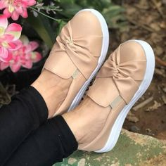Woman Bowknot Solid Casual Platform Flats Sneakers Loafers – cuteshoeswear loafers for women how to wear loafers loafers outfit work loafers outfit fall loafers with socks Loafers With Socks, How To Wear Loafers, Loafers Outfit, Casual Loafers, Loafers For Women, Loafer Shoes, Casual Shoes, Bow Sneakers, Leather Slip Ons