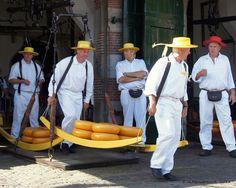 Cheesemarket  Alkmaar by ditmaliepaard, via Flickr