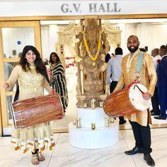Gig time!!! #xclusiveservices #dhol #groomentrance #kadwapatidarcentre #wedding