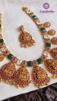 Indian Jewelry Earrings, Jewelry Design Earrings, Gold Earrings Designs, Temple Jewellery, Necklace Designs, Pendant Jewelry, Bridal Jewelry, Silver Jewelry, Gold Pendant