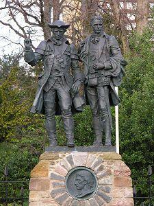 Memorial to Robert Louis Stevenson, Edinburgh: Alan Breck and Davie Balfour, from 'Kidnapped'