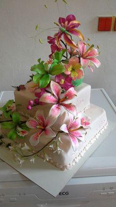Sugar Craft, Gum Paste, Cake, Desserts, Crafts, Food, Ideas, Florals, Tailgate Desserts