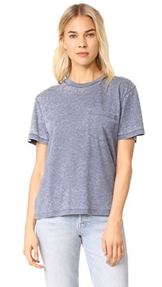¡Consigue este tipo de camiseta básica de Rolla's ahora! Haz clic para ver los detalles. Envíos gratis a toda España. Rolla's Tomboy Tee: A relaxed fit and super-soft jersey lend a perfectly casual feel to this Rolla's tee. Banded neckline. Patch breast pocket. Short sleeves. Fabric: Heathered jersey. 65% cotton/35% polyester. Wash cold. Imported, China. Measurements Length: 23.5in / 60cm, from shoulder Measurements from size S (camiseta básica, basic, basico, basica, básico, basicos, c...