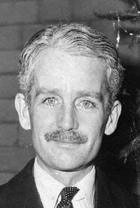 Timothy Bowes-Lyon, 16th Earl of Strathmore & Kinghorne (1918-1972) 15th cousin 1x removed of LLE