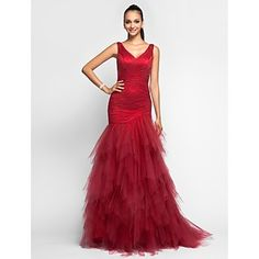 TS Couture® Prom / Formal Evening / Military Ball Dress - Elegant Plus Size / Petite Trumpet / Mermaid V-neck Sweep / Brush Train Tulle with Ruffles – AUD $ 243.09
