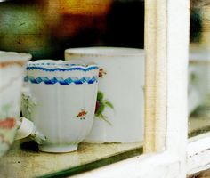 vintage tea and coffee cups