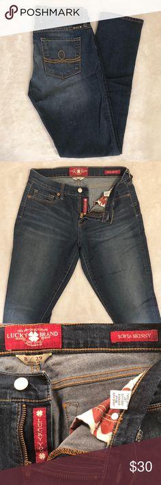 Lucky Brand Sofia skinny jeans Like new, only worn twice. Medium-dark wash skinny jeans with very stretchy and comfortable denim. Lucky Brand Jeans Skinny