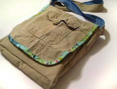 bag made from pants... this reminds me of college... it is the perfect little run around, get a little dirty, throw it around, doesn't matter if it drops somewhere it shouldn't, can throw it in the washing machine, sturdy purse.... and the great thing is that it's GREEN, UPCYCLED and RECYCLED!!! That makes it more beautiful!!!