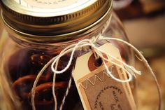diy holiday packaging   Lovely Indeed
