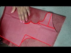 new and easy boat neck blouse design cutting and stitching Hand Sewing Projects, Sewing Tutorials, Sewing Patterns, Tailoring Techniques, Cut Clothes, Stitching Dresses, Blouse Models, Blouse Neck Designs, Fashion Sewing