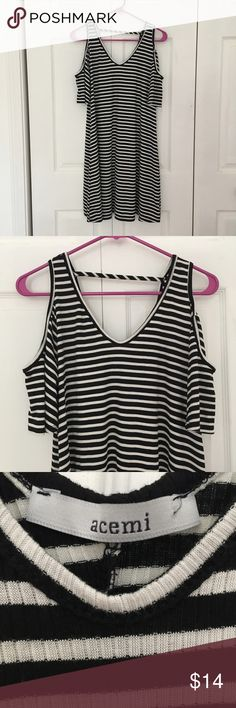 Acemi Black and White Striped Cold Shoulder Dress Description: white and black striped cold shoulder dress; short sleeves; stretchy material; v neck. Condition: pre-owned, excellent like new condition. Brand: Acemi. Size: Medium Acemi Dresses