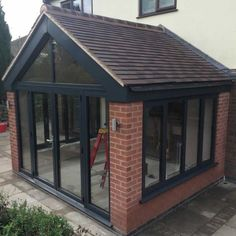 Pergola Attached To House Key: 6391176354 House Extension Plans, House Extension Design, House Design, Extension Ideas, Modern Conservatory, Conservatory Roof, Garden Room Extensions, House Extensions, Sas Entree