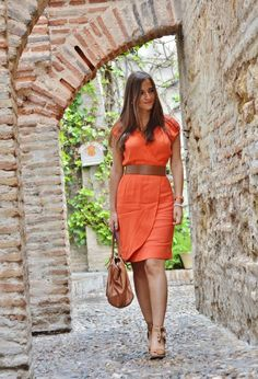 17 Outfits about orange dresses on Chicisimo Casual Wear, Casual Dresses, Casual Outfits, Dresses For Work, Fashion Outfits, Love Fashion, Womens Fashion, Romantic Outfit, Daily Dress