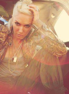 Mimic the Muse: Gwen Stefani http://thedailymark.com.au/beauty/mimic-muse-gwen-stefani