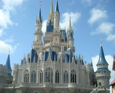 What to Take into the Disney Parks-lots of good ideas...don't want to be without any of these things!