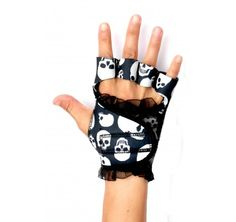 I want these Gloves ASAP - women's workout glove (They adjust to fit the shape of your hand while leaving your fingers free to grab the weights, dumbbells or handlebars.)