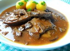 felii de carne de vită cu ciuperci Krabi, I Foods, Thai Red Curry, Stew, Food And Drink, Menu, Cooking Recipes, Pudding, Chicken
