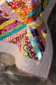 String quilt by http://www.quiltingstories.blogspot.com/2014/08/string-quilt-finished.html
