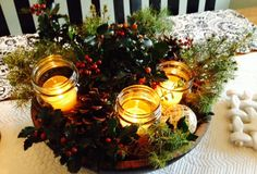 Beautiful Christmas Centerpieces with what you have on hand! No reason to break the bank.