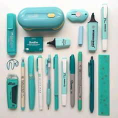Turquoise stationery flatlay by - school outfits Stationary Store, Stationary Supplies, Stationary School, Cute Stationary, School Stationery, Art Supplies, Stationary Design, Menu Design, Logo Design