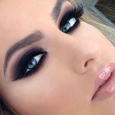 Amei, gente ! A Rê @BEAUTYDICAS arrasa! O @beautydicas é recheadinho de makes divônicas, dicas de como se maquiar, vídeo tutoriais e os batons mais cobiçados do momento! Também tem resenhas incríveis de produtos. @beautydicas @beautydicas @beautydicas . _ Sigam também @vestidos_efashionstyle @vestidos_efashionstyle . _