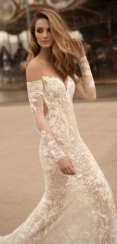 Berta Wedding Dress Collection Spring 2018 - BG6I8895