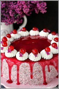 Tento recept už asi obletel celý slovenský internetový svet ...preslávila ho najmä pani Martina Pšenčík -Redenkovičová , v súťaži Recept... Cupcake Cakes, Cupcakes, Croatian Recipes, Fruit Tart, Food Hacks, Birthday Candles, Panna Cotta, Cheesecake, Cake Decorating