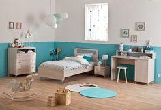 chambre d'enfant bleu turquoise décoration couleur