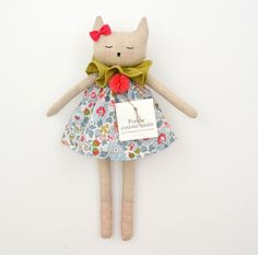 Browse all products in the poupée lin category from Les pommettes du chat. Sewing Toys, Sewing Crafts, Sewing Projects, Raggy Dolls, Handmade Stuffed Animals, Fabric Animals, Fabric Toys, Cat Doll, Soft Dolls