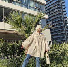 Hijab Fashion Summer, Modest Fashion Hijab, Street Hijab Fashion, Modesty Fashion, Muslim Fashion, Fashion Outfits, Fashion Drawing Dresses, Hijab Fashion Inspiration, Hijab Outfit
