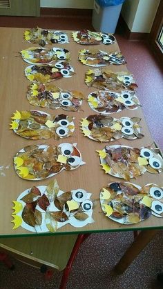 50 craft ideas from Easy Fall to celebrate the autumn season - offer autumn - .- 50 Bastelideen von Easy Fall zum Feiern der Herbstsaison – Angebot Herbst – … 50 craft ideas from Easy Fall to celebrate the fall season … - Kids Crafts, Easy Fall Crafts, Fall Crafts For Kids, Preschool Activities, Art For Kids, Diy And Crafts, Arts And Crafts, Free Preschool, Kids Diy
