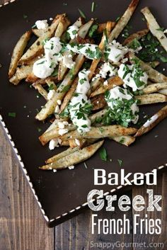 Greek Fries Greek Fries Danielle Helms-Neel dsneel Bites Baked Greek French Fries an easy homemade fries recipe topped with feta cheese Tzatziki nbsp hellip Dip for fries French Fry Sauce, French Fries Recipe, Feta Fries Recipe, Healthy Vegan Snacks, Healthy Recipes, Vegan Keto, Healthy Eats, Yummy Recipes, Keto Recipes