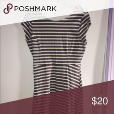 Old Navy Striped Fit & Flare Dress Very comfortable, tight on bust & flares below, very versatile, staple piece, great quality material (very stretchy), worn a few times, in decent condition Old Navy Dresses Mini