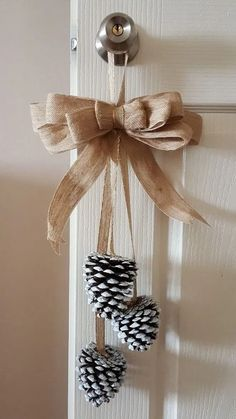 25 Inexpensive And Simple DIY Christmas Ornament Decor Ideas To Help You Make Money . - 25 Cheap and Simple DIY Christmas Ornament Decor Ideas to Help You Save Money 4 - Homemade Christmas Decorations, Diy Christmas Ornaments, Holiday Crafts, Cheap Christmas, Christmas Candles, Christmas Design, Christmas Decorations Pinecones, Pinecone Christmas Crafts, Pinecone Decor