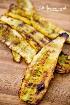 grilled yellow squash- this is the best, most delicious way to cook yellow squash!