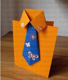 "<input class=""jpibfi"" type=""hidden"" >Father's day is coming! Are you looking for craft ideas to make a nice handmade gift? Here is a super cute idea to make a tie and shirt themed greeting card. It is very easy to make and requires only simple materials. Handmade Greetings, Greeting Cards Handmade, Diy Father's Day Cards, Unique Christmas Cards, Father Christmas, Diy For Men, Father's Day Diy, Fathers Day Crafts, Homemade Cards"