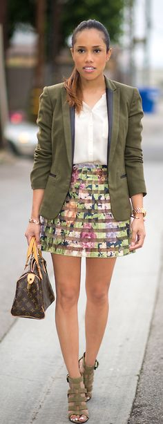OLIVE BLAZER AND FLORAL PRINT SKIRT /Plog Style
