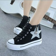 Trendy Shoes, Casual Shoes, Fashion Boots, Sneakers Fashion, Teen Girl Shoes, Kawaii Shoes, Aesthetic Shoes, Hype Shoes, Sneaker Heels