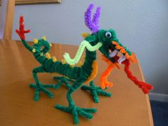 Chinese Dragon - 50  Pipe Cleaner Animals for Kids, http://hative.com/pipe-cleaner-animals-for-kids/,