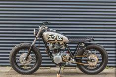 Inspirasi Modifikasi Motor Custom Bratcafe Part 4 Chopper Motorcycle, Cafe Racer Motorcycle, Motorcycle Design, Moto Bike, Motorcycle Engine, Cool Motorcycles, Vintage Motorcycles, Scooters, Yamaha Cafe Racer