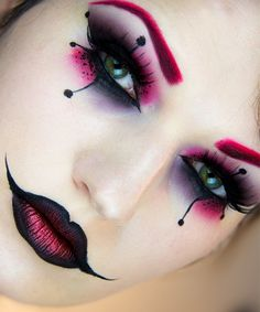 13 Special Makeups to look Fabulous on this Halloween!
