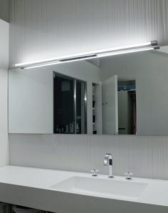 FLUORESCENT WALL LIGHT TAB BY OLEV BY CLM ILLUMINAZIONE