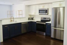 How much does it cost to remodel a kitchen? See how you can get a designer kitchen with this DIY kitchen remodel breakdown! Home Decor Furniture, Diy Home Decor, Kitchen Decor, Kitchen Design, Kitchen Storage, Kitchen Ideas, Interior Wallpaper, Wallpaper Ideas, L Shaped Kitchen