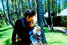 Elvis and Priscilla - Elvis & Priscilla Presley Photo (27072952) - Fanpop Priscilla Presley, Lisa Marie Presley, Elvis Presley Priscilla, Elvis Presley Photos, Great Love Stories, Love Story, Sean Leonard, Mein Hobby, American Legend